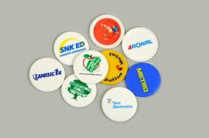 Reklamní plastové mince, žetony do košíku s potiskem