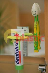 Vytlačovač na dětské zubní pasty